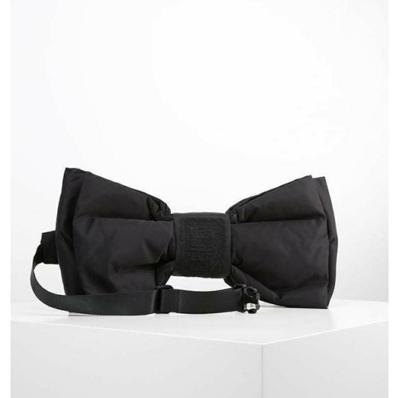 962b893d317 Puma Bags   Fenty Bow Crosspack   Poshmark